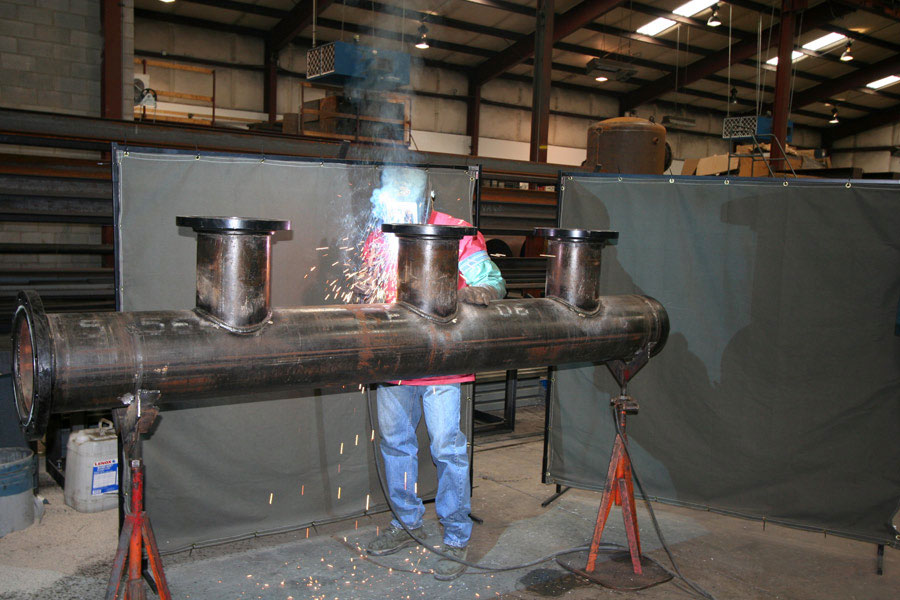 Pipe manifold welding